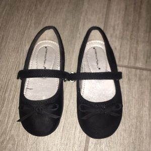 Girls shoes size 8 new